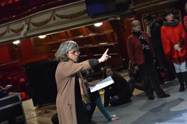 les-repetitions-se-deroulent-actuellement-a-l-opera-theatre-d-avignon-photos-dr1